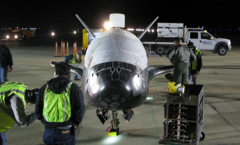 Подготоавка к запуску X-37B