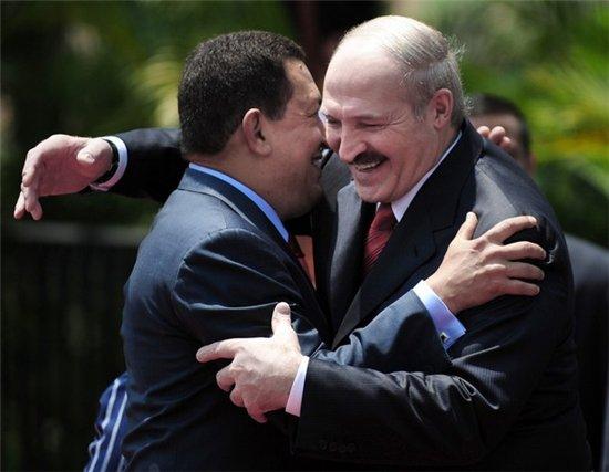 Уго Чавес и Александр Лукашенко во время визита.